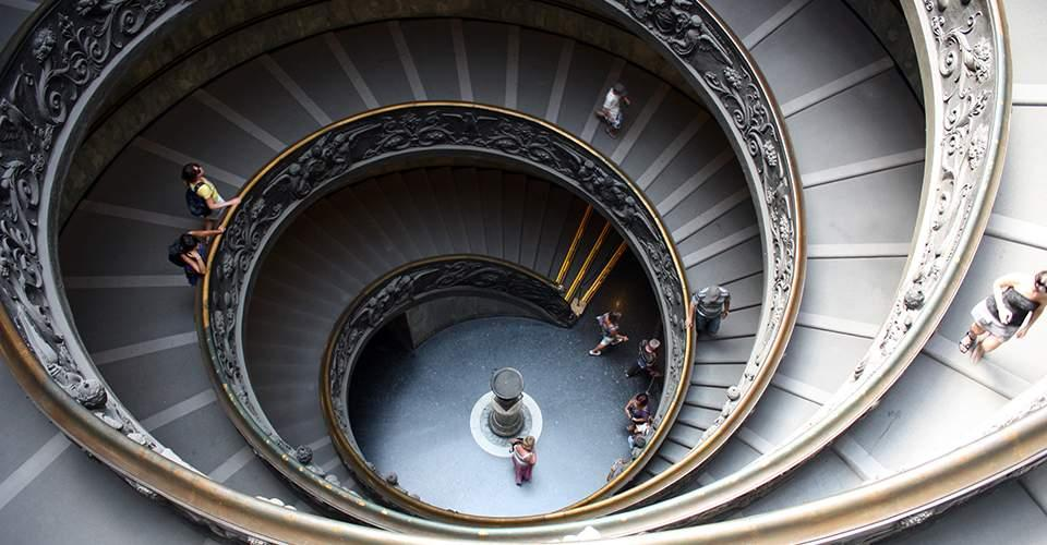 Scale papali ai musei Vaticani
